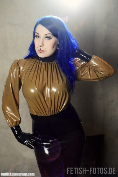 Latex Blouse Loosy With Back Zipper Made To Measure